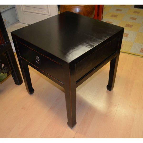 table-basse-chinoise noire brillante