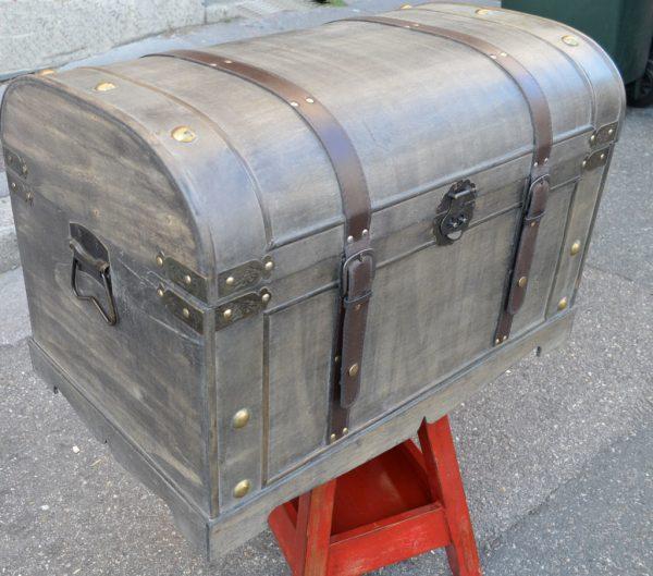 Malle grise en bois 71 cm