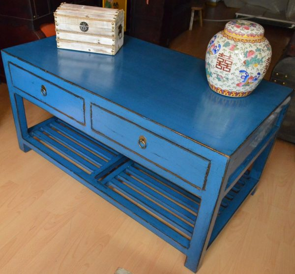 Table chinoise bleue
