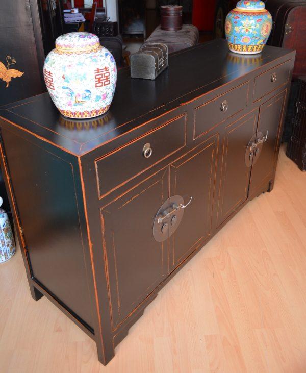 Joli buffet chinois noir 139 cm angle gauche