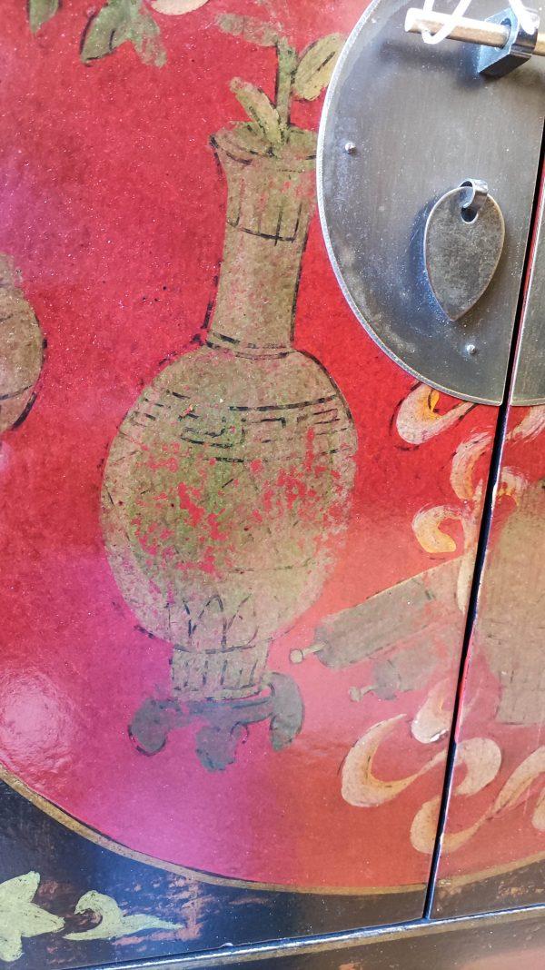 Rangement chinois 85 cm détail du vase