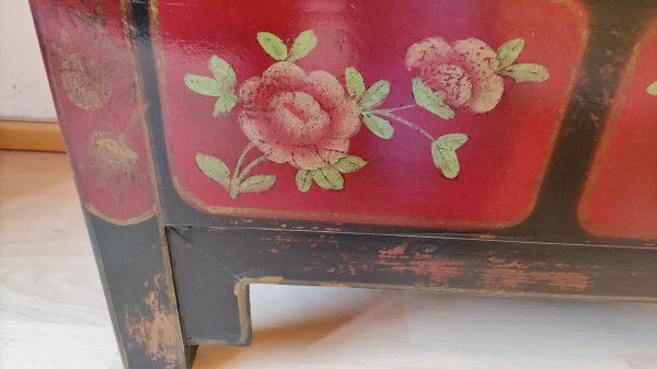 Rangement chinois 85 cm noir décoré avec ses fleurs