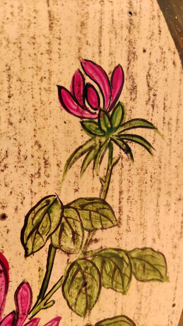 fleur sur meuble chinois